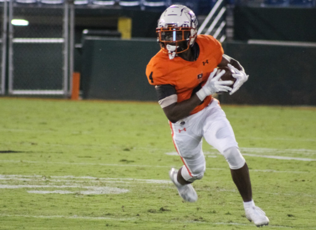 Hoover RB Massiah Tolen