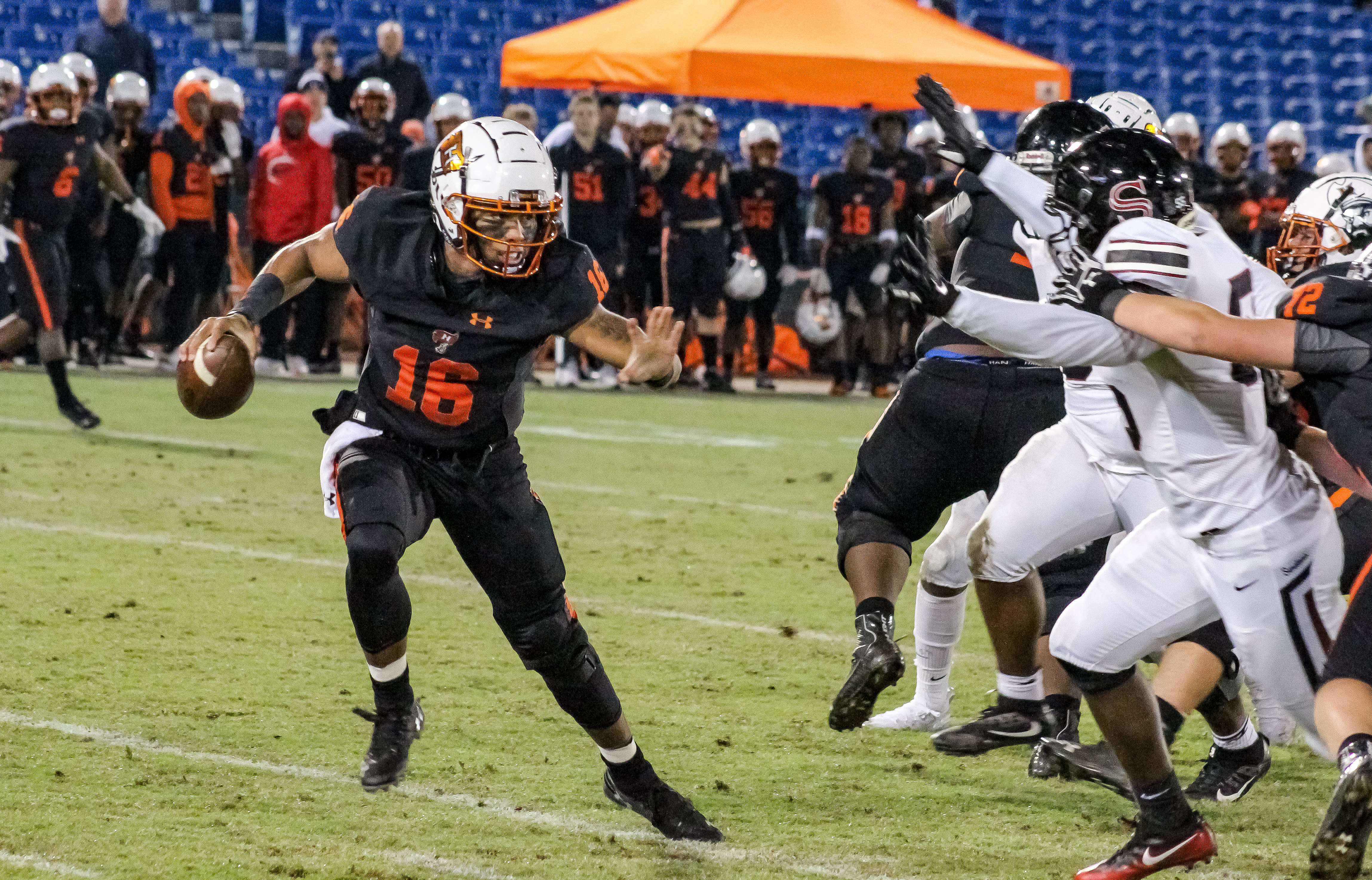 Hoover advances to 7A quarterfinals with win over Sparkman