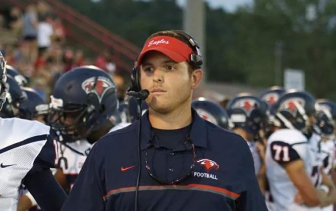 Tyler Crane named Oak Mountain Eagles head football coach